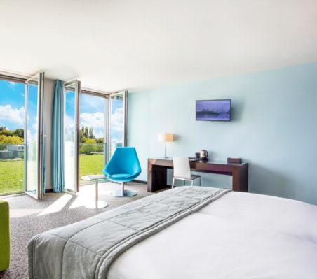 Chambre Supérieure Bleue vue terrasse