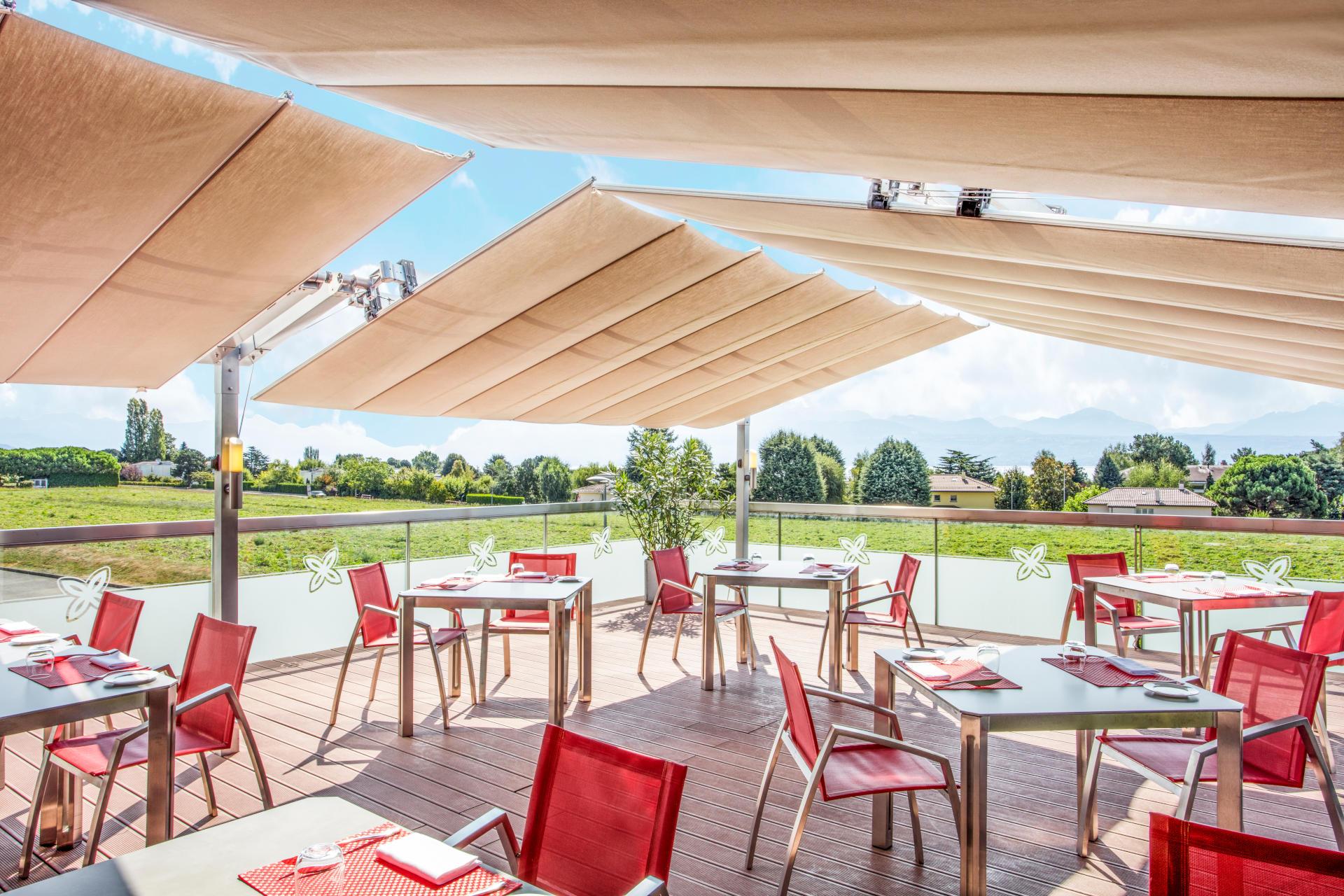 Starling Hotel Lausanne terrasse restaurant Stars été